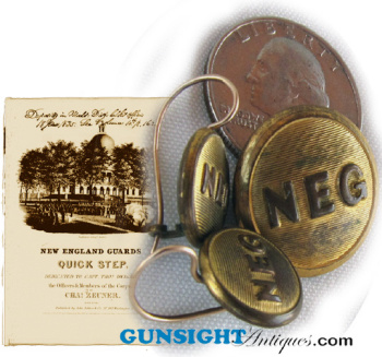 New England Guards / ladies PIN & EARRINGS  set (Image1)