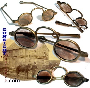late 1700s early 1800s TINTED SPECTACLES (Image1)
