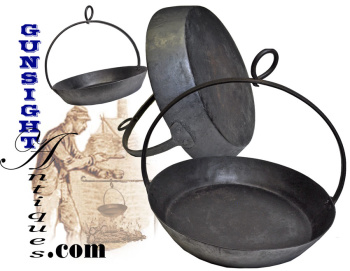 earlier to mid 1800s hanging FRY PAN  (Image1)