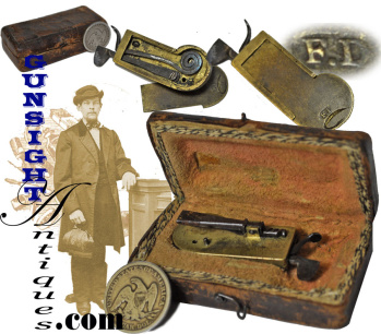 Revolutionary War vintage - CASED MECHANICAL FLEAM (Image1)
