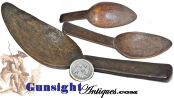 1700s carved wood Eating Spoon (Image1)