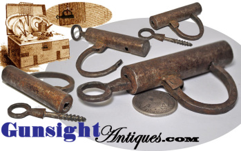 1700s / very early 1800s hand wrought Working PADLOCK (Image1)