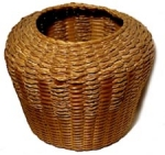 Click here to enlarge image and see more about item 903: PALMETTO FROND BASKET