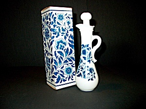 Vintage Avon Delft Blue Bath Oil