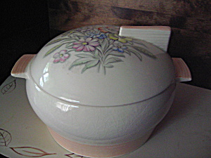 Triumph Soup Tureen /covered Casserole Oslo Pink
