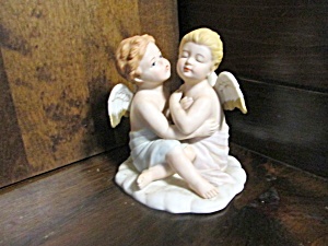 Angel Figurine Kissing Angels #8838