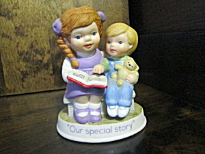 Avon Tender Memories Figurine Our Special Story