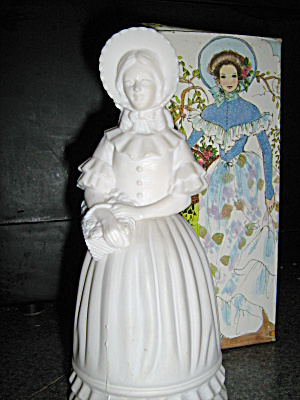 Avon Vintage Fashion Figurine Lady
