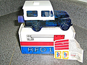 Avon Vintage Mail Truck Extra Special Male Everest