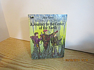 Illustrated Classic The Journey To Center Of The Earth
