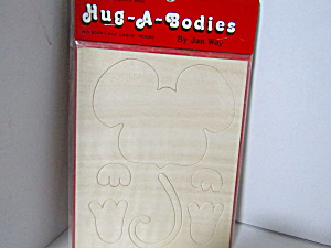 Vintage Wood Press-out Hug-a-bodies Large Mouse