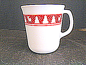 Corelle Red Winter Festival Coffee Cup Set (Image1)