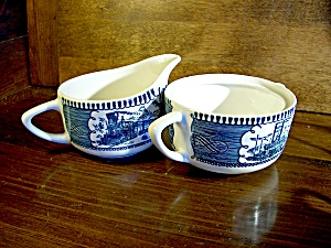Currier And Ives Creamer/sugar Set