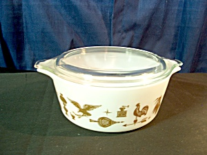 Vintage Corning Pyrex Early American 1.5 Pint Casserole