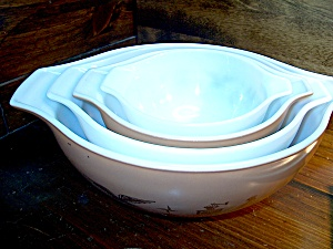 Vintage Corning Pyrex Early American Cinderella Bowls