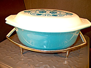 Vintage Pyrex Horizon Blue Covered Casserole W/server