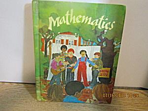 Vintage Young Children's Book Mathematics (Image1)