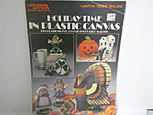 Leisure Arts Holiday Time In Plastic Canvas #1092