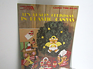 Leisure It's Bearly Christmas In Plastic Canvas #1196