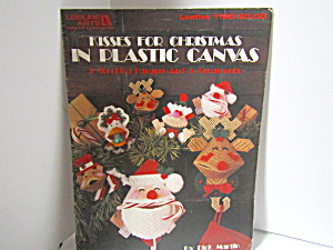 Leisure Kisses For Christmas In Plastic Canvas #1198