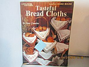 Leisure Arts  Tasteful  Bread Cloths #2450 (Image1)