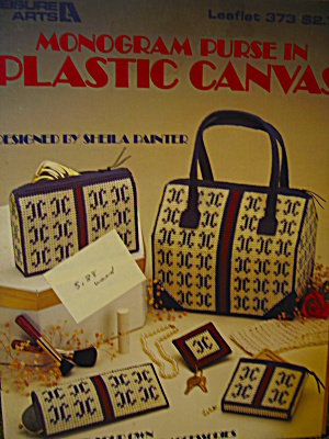 Leisure Arts Monogram Purse In Plastic Canvas #373
