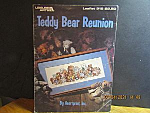 Leisure Arts Cross Stitch Teddy Bear Reunion #918 (Image1)