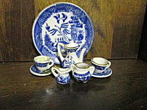 Vintage Blue Willow Miniture Teaset