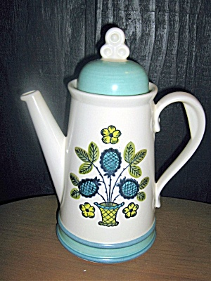 Metlox Poppytrail Blueberry Provincial Cocoa/coffee Pot