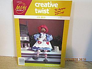 Creative Twist Paper Craft Book L'il Red & Rusty (Image1)