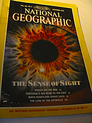 Vintage National Geographic Magazine November 1992