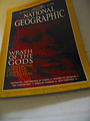 Vintage National Geographic Magazine July 2000