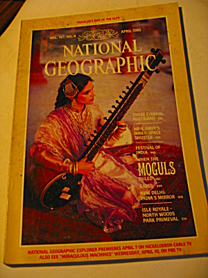 Vintage National Geographic Magazine April 1985