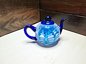Glass Blue/White Teapot Shaped Paperweight (Image1)