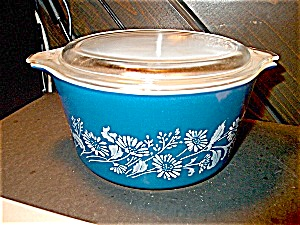 Vintage Pyrex Small Colonial Mist Round Casserole