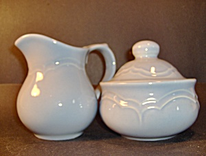 Pfaltzraff Medley Blue Creamer & Sugar Bowl With Lid