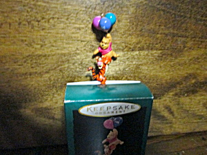 Disney Pooh Carried Away Miniature Keepsake 0rnament