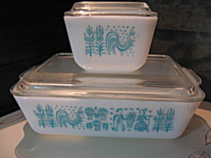 Pyrex Butterprint Refrigerator Set
