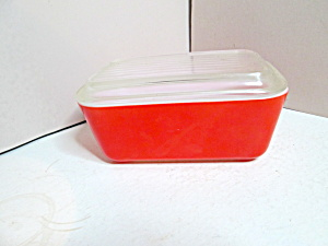 Pyrex Red Covered Refrigerator Dish