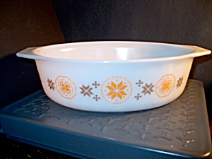 Pyrex Town And Country Large Casserole