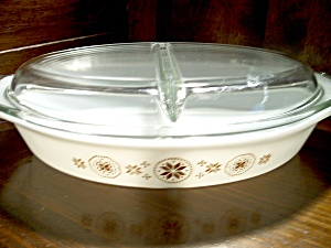 Vintage Pyrex Divided Town & Country Casserole