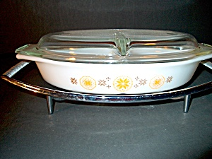 Vintage Pyrex Town & Country Divided Covered Casserole