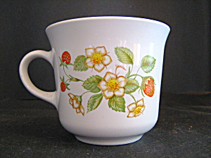 Corelle Strawberry Sunday Coffee Cup