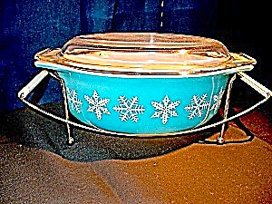 Vintage Pyrex Medium Snowflake Covered Casserole