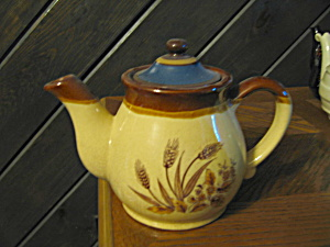 Vintage Wheat Tan/brown Teapot