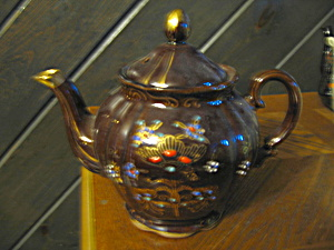 Nasco Del Coronado Hand Docorated Teapot