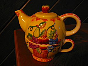 Nantucket Fruit Teapot For One