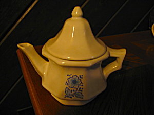 Avon Colonial Heritage Individal Teapot
