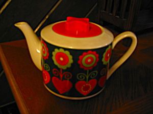 Hh Orange Hearts Teapot