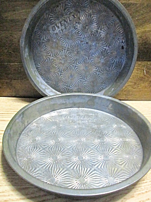 Vintage Ovenex Round Starburst Layer Cake Pan Set